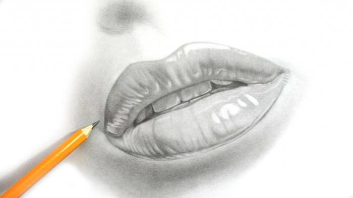how to draw lips with a pencil
