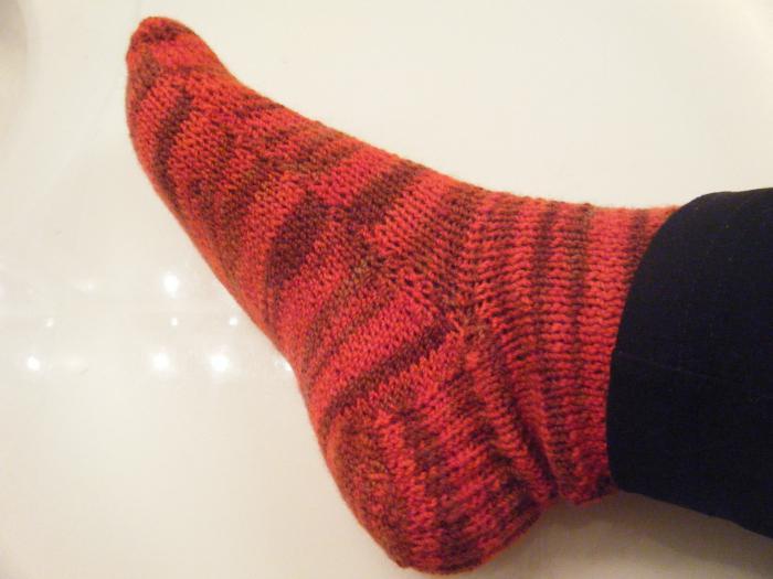 Вязание носков пяти спицами