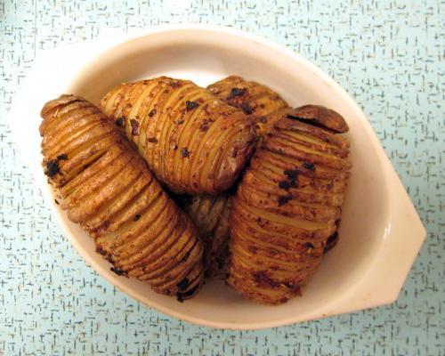 potato harmonica in the oven