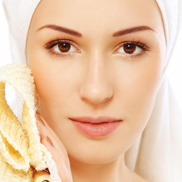 Картинки по запросу Ретиноевый пилинг для борьбы с возрастным изменением кожи