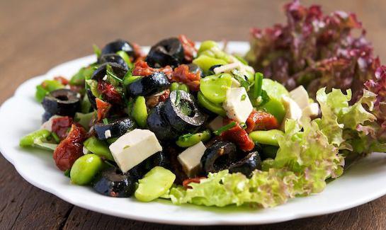 рецепты салатов с капустой и маслинами