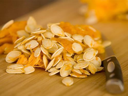 Pumpkin seeds treatment