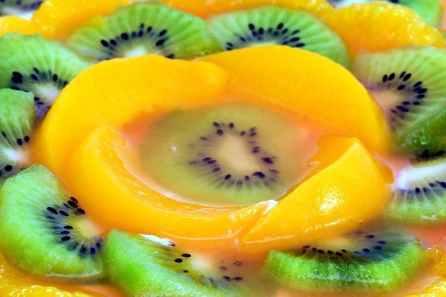 фруктово творожный торт без выпечки