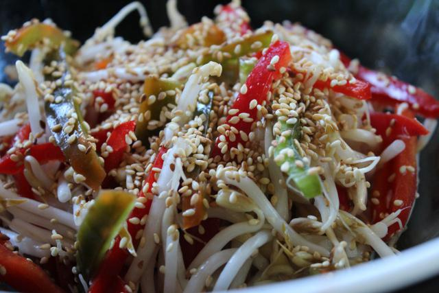 рецепты вкусных салатов из квашеной капусты