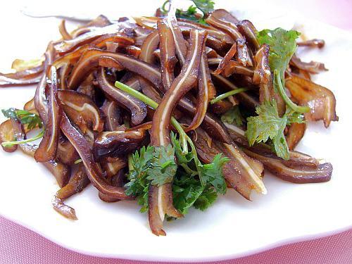 Салат из копченых свиных ушек рецепт