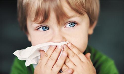 у ребенка сильно заложен нос