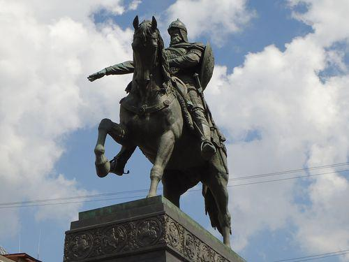 monument to the founder of moscow