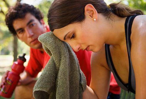 Стоит ли тревожиться если болит живот в области пупка