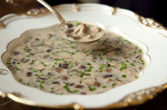 Суп из плавленных сырков с шампиньонами
