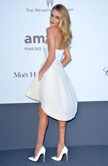 white dress white shoes