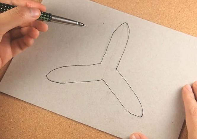 Как можно из бумаги сделать бумеранг