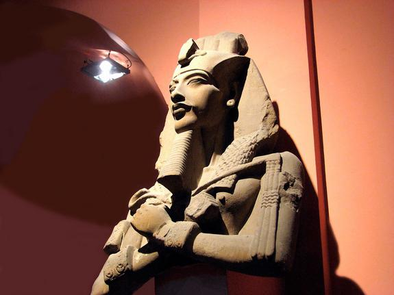 tutankhamun and other essays Tutankhamun was not a important king essay/term paper: king tut essay, term paper other sample model essays.