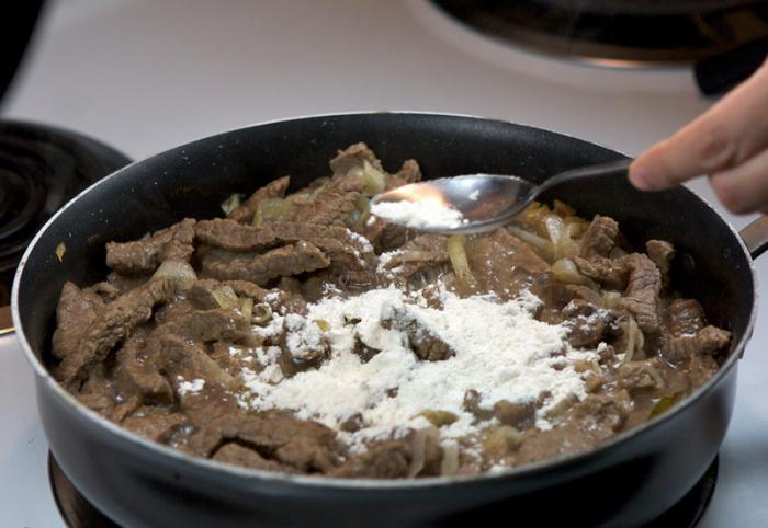 Бефстроганов из говядины: рецепт приготовления с фото. Бефстроганов из говядины: рецепт в мультиварке