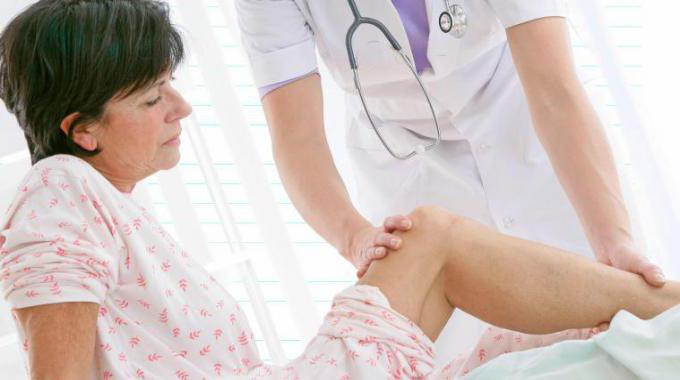 Какие лекарства применяют при артрите коленного сустава