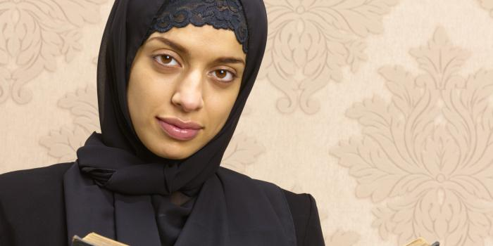 muslim single women in brookston Single muslim women are you looking to meet single muslim women in today's world, it's not always easy to find opportunities to date muslim women, especially if there isn't a large and vibrant community around you to provide muslim dating opportunities.