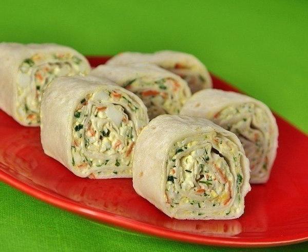 Lavash roll recipe stuffed with crab sticks