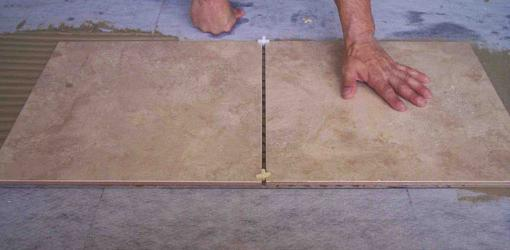 Можно ли класть плитку на плитку на пол, на стену?