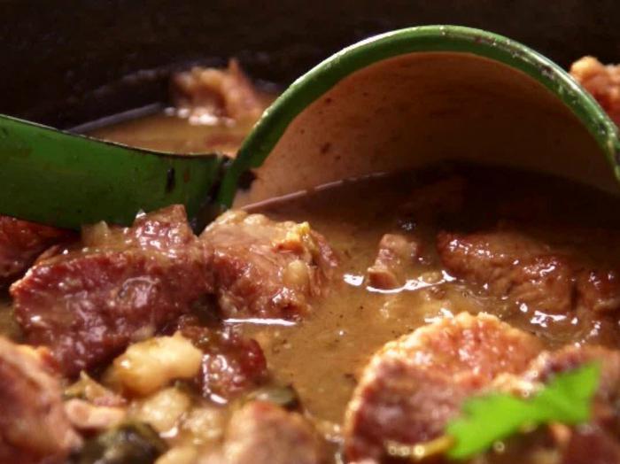 Гуляш из говядины пошаговый рецепт с фото