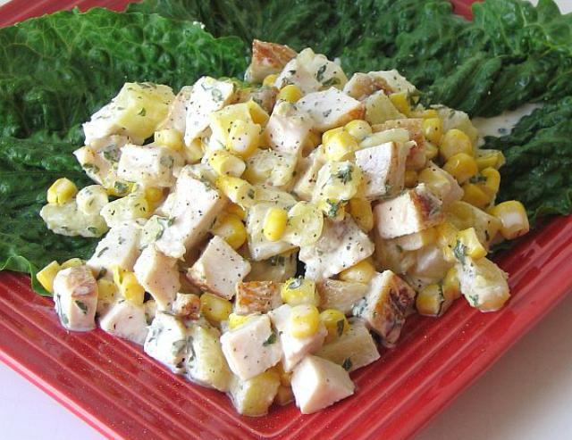 салат с вареной курицей рецепт в фото