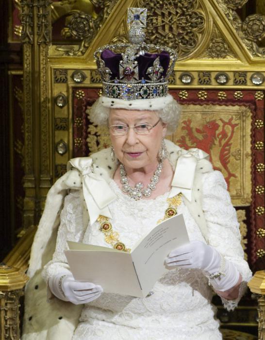 Elizabeth 2 Queen of Great Britain