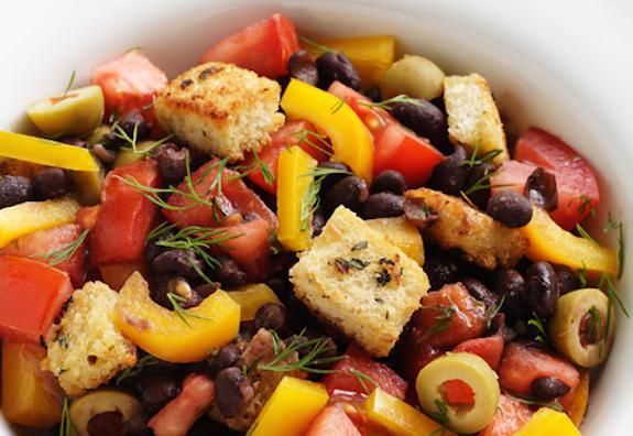 салат фасоль с сухариками рецепт быстро