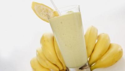 banana is a berry or fruit