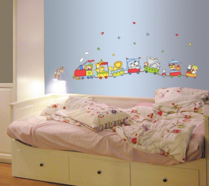 Выбрать обои для детской комнаты