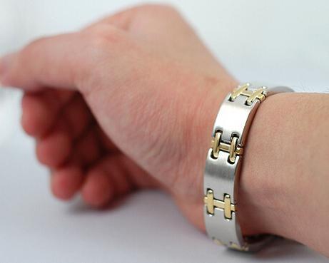 Magnetic bracelet on hand