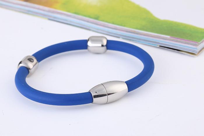 Magnetic bracelet against pressure
