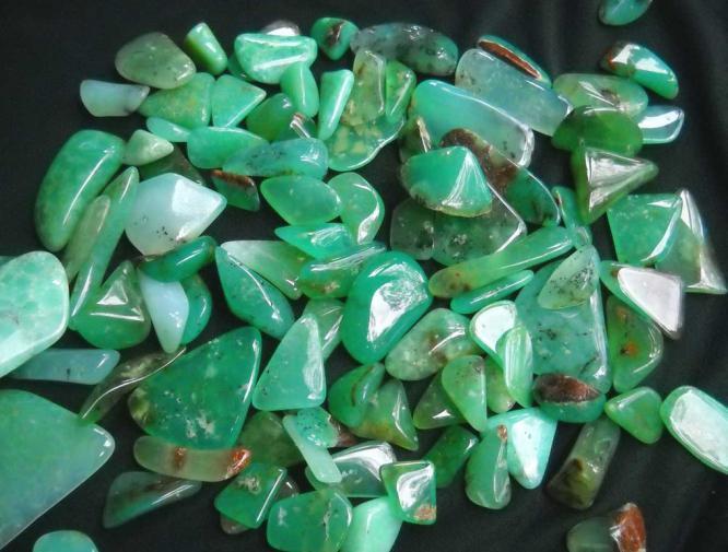 Хризопраз (камень): свойства магические, знак зодиака, значение, фото