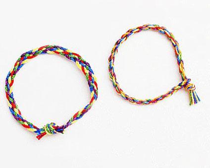поделки из ниток как сделать браслеты шары куклы из ниток своими