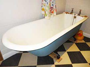 acrylic or steel bath