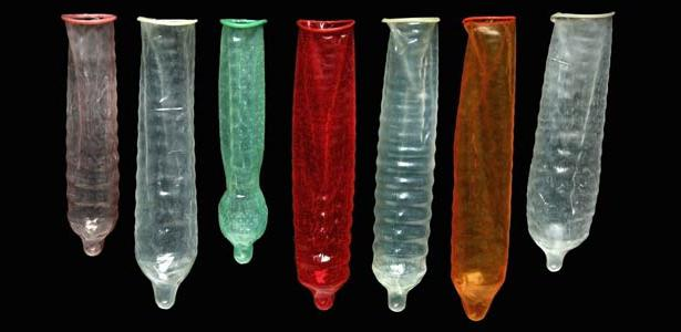 v-prezervativ-mezhdu
