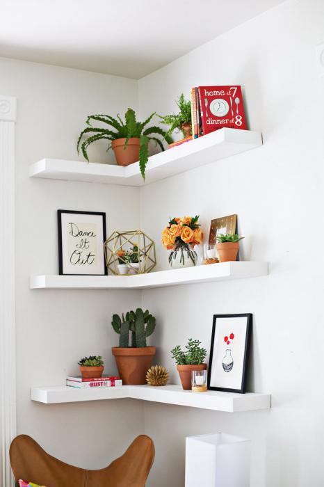 Полка на стену для цветов