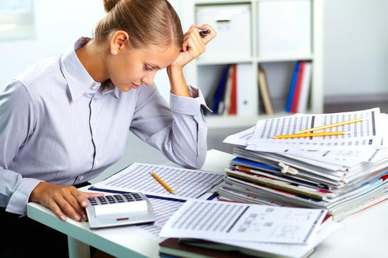 duties of the material accountant