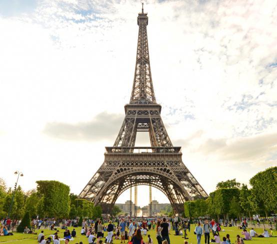 площадь территории франции: