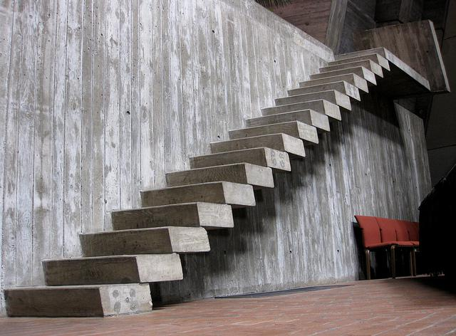 manufacturing of concrete stairs