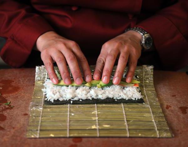 как сделать роллы своими руками