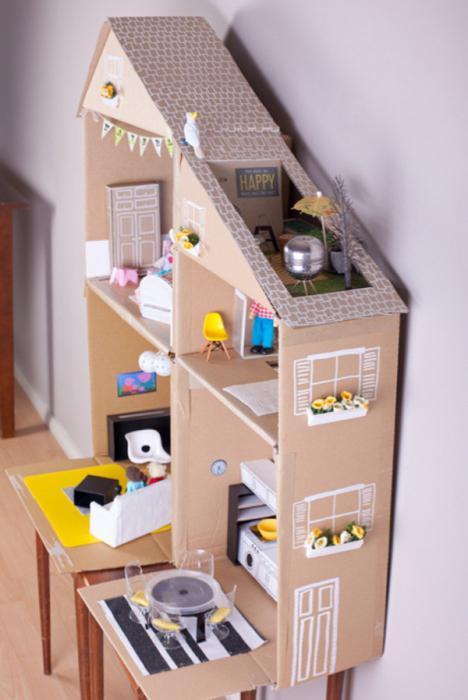 Как сделать домик из коробки своими руками для котёнка