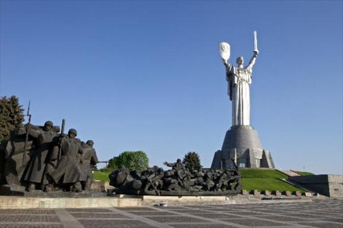 Monument of World War II.