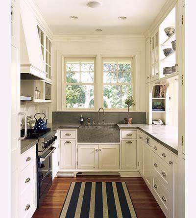 стол для кухни маленький