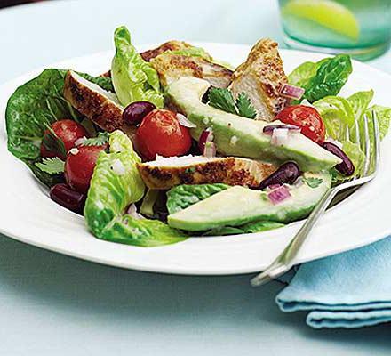 рецепт салата с курицей и соусом
