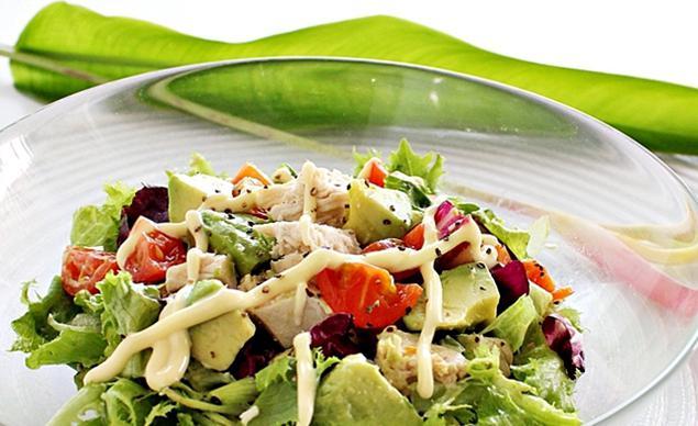 рецепт салата авокадо и руколой