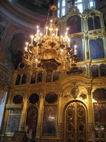 можно ли ходить в церковь без крестика