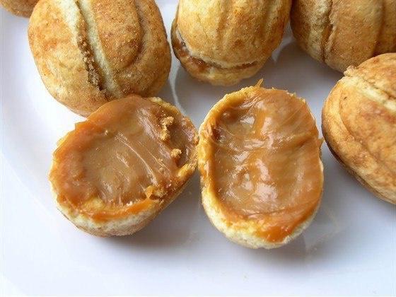 Рецепт орешков в орешнице фото
