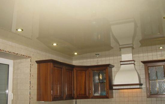 what better stretch ceiling in the kitchen