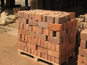 red brick standard sizes