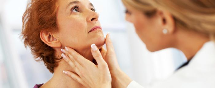 Чем можно лечить насморк кормящим мамам