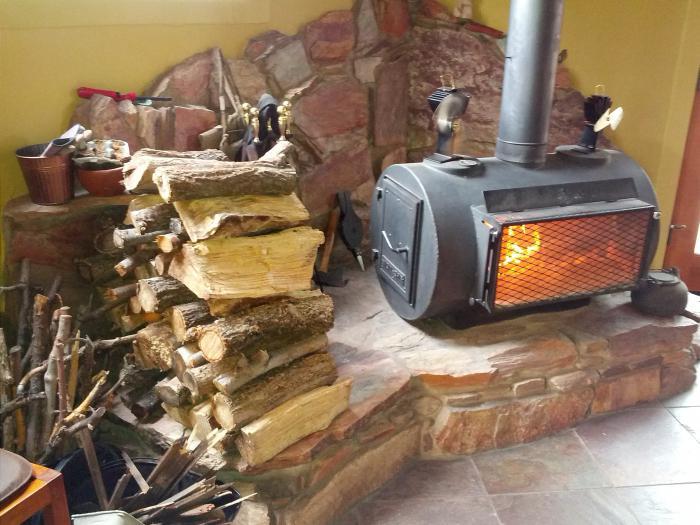 Дровяная печка для гаража