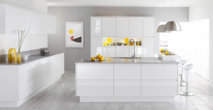 Бело серая кухня модерн